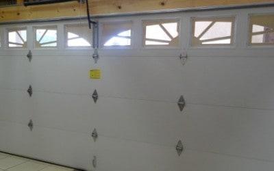 Windsor Model 790 Double Steelback Garage Door