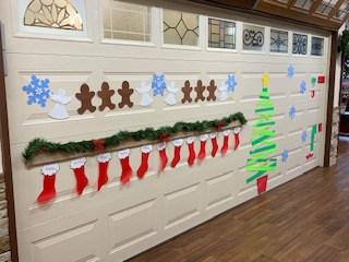 Garage Door Decorating for Christmas